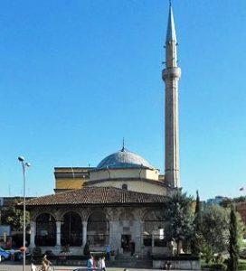 normal_31_albanien_Ethem-Bey-Moschee-und-Uhrturm-in-Tirana_juergen-bruchhaus_I